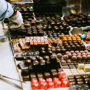 Photo de chocolats en vitrine